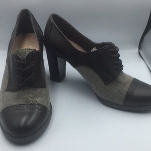 Eitenne Aigner Brown Women Oxford Heels